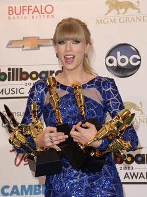Taylor Swift y Justin Bieber, triunfadores en los Billboard Music Awards