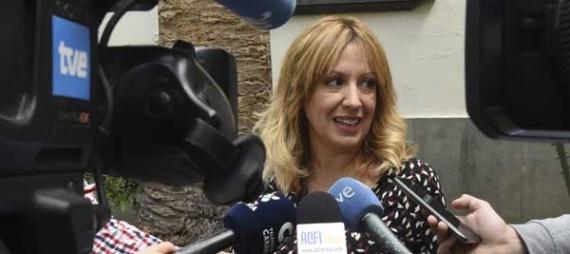 El Parlamento aprueba la ley que elimina el IGIC de los vehículos ecoeficientes para luchar contra el cambio climático en Canarias