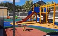 Los parques infantiles de Las Zocas, Oroteanda y parte alta de Llano del Camello mejoran su imagen