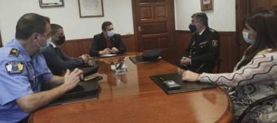 Encuentro de coordinación en Arona con el comisario jefe de la Policía Nacional de Playa de las Américas