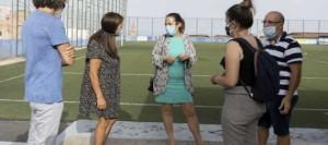El Ayuntamiento de Santa Cruz explica el proyecto para mejorar el campo de fútbol de Las Delicias