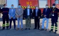 El Aeropuerto de La Gomera dona un camión de bomberos al Cabildo de la isla