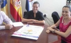 Clara Segura se rene con la Asociacin Comercial Zona Centro de Santa Cruz