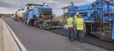 El Cabildo adjudica la mejora de 32 kilómetros de carreteras con una inversión de 4,6 millones de euros