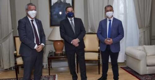 Canarias cierra con el Estado la incorporación de los 400 millones de la deuda pendiente del Convenio de Carreteras