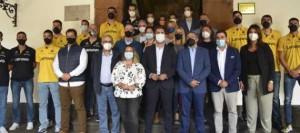 El Ayuntamiento de La Laguna rinde homenaje al Lenovo Tenerife por su excepcional temporada