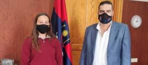Ojeda felicita a Enrichetta Bettini Fleitas tras proclamarse Subcampeona de España
