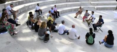 El Ayuntamiento desea consensuar con los empresarios el horario de carga y descarga en Playa de Mogán