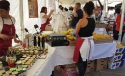 Arona conecta el sector primario con el turístico llevando el Mercado del Agricultor al núcleo de Los Cristianos