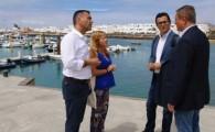Pablo Rodríguez informa que han concluido las obras de instalación eléctrica de baja tensión y alumbrado público que se desarrollaban en el puerto de Caleta de Sebo