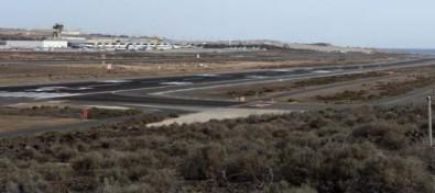 El Aeropuerto de Gran Canaria finaliza los trabajos de mantenimiento en una de sus pistas de vuelo
