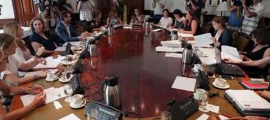 Acuerdo unánime para sentar las bases contra la violencia de género