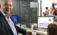 El Cabildo empieza a emitir las primeras tarjetas del bono transporte residente canario de Gran Canaria