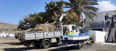 El Ayuntamiento de Antigua ejecuta la limpieza y embellecimiento de Pozo Negro