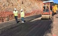 Obras Públicas inicia la colocación de la primera capa de asfalto del tramo Epina-Arure