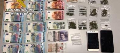 La Guardia Civil desactiva un punto de venta de drogas en la zona turística de Caleta de Fustes – Antigua