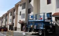 En marcha la rehabilitación de las fachadas de las 42 viviendas sociales de la calle El Drago, Mogán