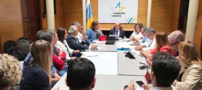 """González Taño: """"Es muy importante que sigamos teniendo una voz que solo defienda a Canarias en el Congreso de los diputados y que esa voz se haya multiplicado por dos"""""""