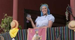 Tegueste vuelve a brindar desde el balcón en homenaje a su tradicional romería