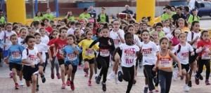 La cantera de atletas canarios deja el listón bien alto en La Isleña Mini Maratón