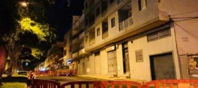 Desalojo de un edificio por daños estructurales en Arona
