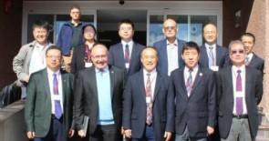 Visita del vicepresidente de la Academia de Ciencias de China