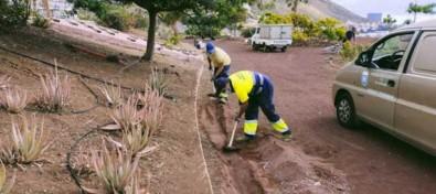 El Ayuntamiento de El Rosario acomete la mejora de la red de riego del parque de Guadamojete
