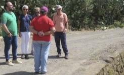 José Antonio Valbuena atiende las peticiones de los vecinos del litoral de Anaga