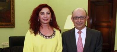 El Ministerio de Hacienda y la Zona Especial Canaria evalúan la reforma del incentivo fiscal