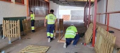 El Ayuntamiento se encuentra construyendo una nueva zona de juego infantil en el CEIP Tamaimo