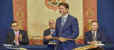 El Cabildo de Tenerife inicia un nuevo mandato con 31 consejeros y cinco partidos políticos