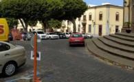El Ayuntamiento de Guía reordena los aparcamientos del entorno de la Plaza Grande con motivo del inicio de las obras de su remodelación