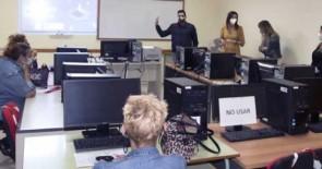 Los centros culturales de Adeje acogen un curso sobre manejo de nuevas tecnologías