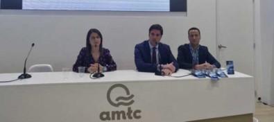 El Alcalde presentó el nuevo material promocional turístico de Santiago del Teide en FITUR 2020