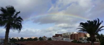 Aemet activa la prealerta por tormentas este lunes en toda Canarias