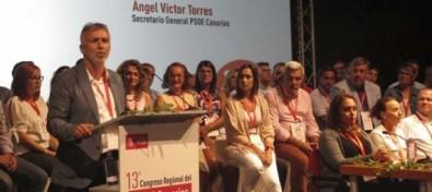 """Ángel Víctor Torres: """"La izquierda de Canarias se escribe con las siglas del PSOE"""""""
