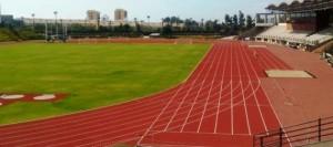 La pista de atletismo del Estadio Antonio Domínguez de Las Américas estrena nuevo pavimento