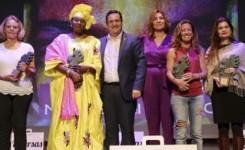 Eva González Moscoso, Candelaria Viera Martín, Ndeye Aminata Samb y Verónica Trenco Taruselli reciben el premio Arona por la Igualdad de Género 2018