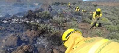 El Cabildo da por controlado el incendio forestal del Parque Nacional del Teide