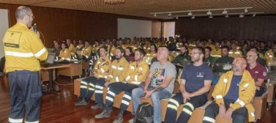 El Cabildo reúne a los más de 200 efectivos que lucharán contra el fuego este verano, pero lo principal es la prudencia