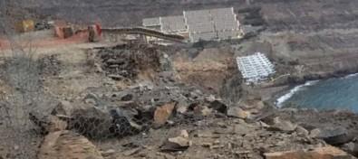 Un nuevo desprendimiento afecta la obra reparación de la carretera de Taurito a Mogán en Gran Canaria