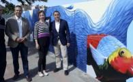 El Ayuntamiento embellece Miramar con un mural de la artista Patricia León