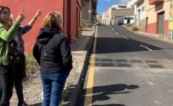 El Ayuntamiento capitalino pavimentará varios tramos de acera en la calle La Gallega