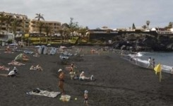 Desciende en 3,8 millones de turistas llegados a Canarias